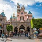 MARCH TO THE 60TH! New colors emerge at #Disneyland in #Anaheim http://t.co/VJ1LoP8ks5 #disneyland60 @DatelineDisney http://t.co/BkJxVcLVdz