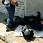 "URGENTE ""Estudiantes""Opositores acaban de herir gravemente a un PoliTachira @NicolasMaduro @VTVcanal8 Lun #2M Tachira http://t.co/zXh9Tg4TfA"