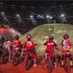 """""""@EsFrases1: 12 riders internacionales de FMX en la México. ¡Todavía hay boletos! http://t.co/rtw9XQsval http://t.co/DnJ9fxmDsz"""""""