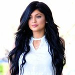 Kylie Jenner is showing off her super toned midriff in these new photos! Check them out here: http://t.co/h34OFnp5Vb http://t.co/143HR6D0CK
