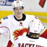 #NHLTrade: Flames send Baertschi to Canucks for 2nd-round pick http://t.co/2BhGJ6kscn http://t.co/I814NEbAzG
