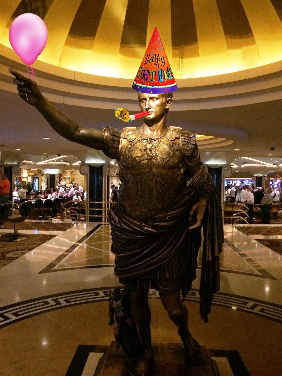 Even Caesar is ready to celebrate @justinbieber's 21st birthday on March 14th! #BieberBirthday http://t.co/0b2JWJAdDk