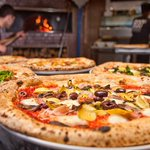 ルミネがロサンゼルス発の人気ピザレストランと独占契約締結、新宿南口にできるルミネに1号店オープン http://t.co/2IuF2pZCOq http://t.co/mKu55grcnj