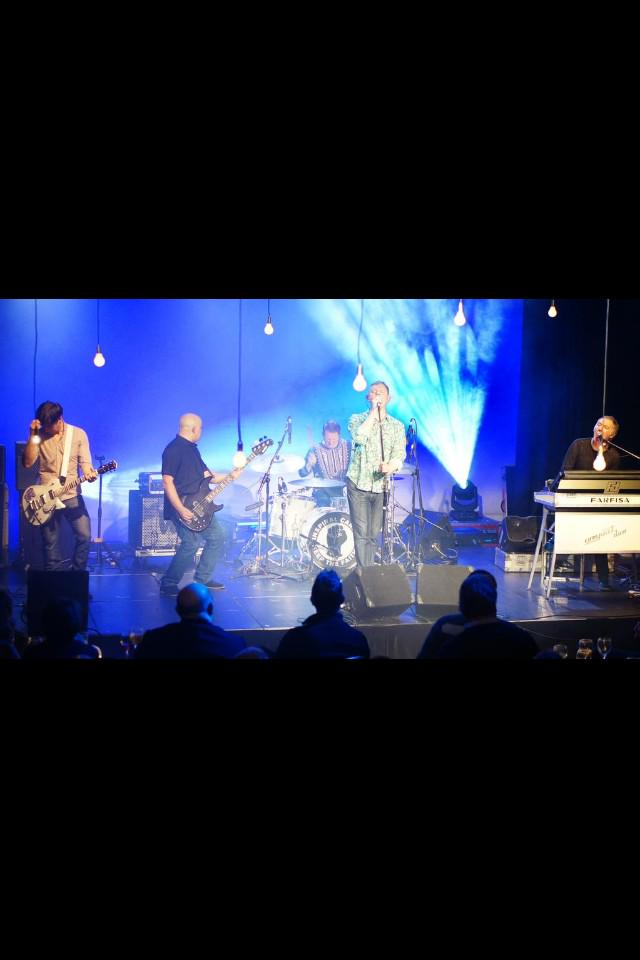 Inspiral Carpets will be playing live on Vintage TV on Thursday 26 March at 8pm. http://t.co/fP9ReRQ4X5