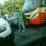 Fuerte Congestión x accidente av 4N con Cll 52 hasta la 70. @movilidadcali @elpaiscali @TaxisLibres4 @Noti90Minutos http://t.co/SDLceb9A6n