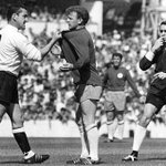 RIP Dave Mackay. Everyone will post *that* photo and Im no different. One of the iconic football images. http://t.co/ehxGxYHlr8