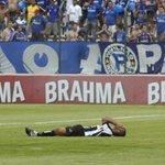 Mais bullying subliminar da CBF: 1° Cruzeiro x Atlético-MG ocorre na 6° rodada http://t.co/8em72PeRBb http://t.co/rAZE1CtJq5