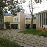 #2MR Las clases en la ULA Mérida fueron suspendidas por presencia de colectivos motorizados armados #360UCV http://t.co/AfJadsDu26
