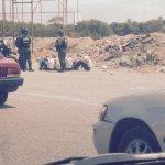 Arrodillar a un hombre no es arrodillar a su pensamiento. GNB detiene a liceistas de Cumaná #Sucre http://t.co/Qw0TYzzwQB