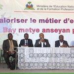 """Le ministre Manigat invite les étudiants à respecter leurs engagements dans le cadre de ce stage professionnel. http://t.co/iTPC7x78o2"""""""