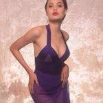 Фотосессия 16-летней Анджелины Джоли, 1991 г. http://t.co/ukCwLrsdPC