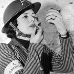 Beetroot and boot polish: How Britains women cheated glamour in WW2 http://t.co/eAGeIhjwpW http://t.co/3iT6pKkWDH