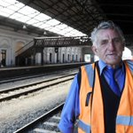 Incredible. Bill Stevens to retire after 61 years working on the railways: http://t.co/PtTPRpGeew @VLine #Ballarat http://t.co/fWeveVG30e