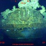 大艦巨砲主義が生んだ大和型戦艦の二番艦、武蔵。海底より発見。 http://t.co/MZbmAJn04l http://t.co/yizxapsE0g