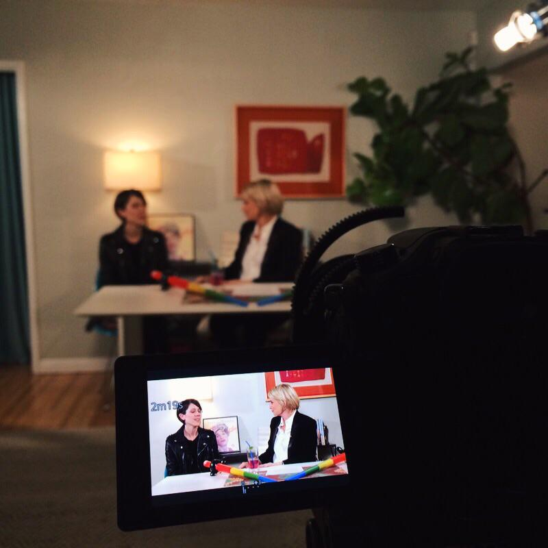 Here's a BTS snap of @thelizfeldman's interview with @teganandsara from the newest episode of This Just Out!! #TJO15 http://t.co/FvdWV3oihl
