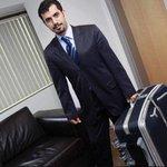 Mehmet Baransu valizin sırrını anlatıyor >>> http://t.co/DmMha4755I http://t.co/Nbpnmzwbxe