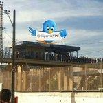 Estação Oswaldo Cruz mais cedo com uma fila enorme por conta de ter somente uma catraca em funcionamento! @LeiSecaRJ http://t.co/oStJRjx0Hs