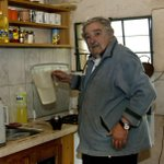 Poorest president Jose Mujica doesnt understand the obsession with material wealth (or him) http://t.co/fKejcI5rjm http://t.co/bjYSN4EPn8