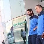 """2 _ 1 صور من المؤتمر الخاص لمباراة #الهلال_السد بحضور المدرب جورجوس دونيس"""" واللاعب """"سامراس"""" http://t.co/2DtVEem6yf"""