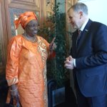 Just met #health minister of #Senegal Awa Marie Coll-Seck: need to discuss together how to help recovery #Ebola http://t.co/np3PX1iNZB