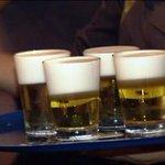 Estudo mostra que jovens que saem com mais amigos bebem mais álcool http://t.co/RQXrqU8JiI #G1 http://t.co/t9RNX6bMMt