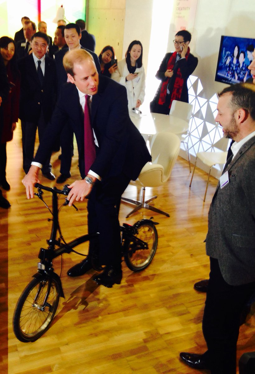 Fit for a Prince... Prince William takes our new Black Edition for a spin in Shanghai at the @GREATFestivals http://t.co/TShLrqOwiS
