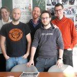 Vive le Roi, vive la Belgique et vive Belspo! MaSTIC compte désormais 4 doctorants + un père de famille heureux! http://t.co/iSa6B8lRgr