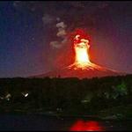[FOTOS+VIDEO] Así fue la erupción del #VolcánVillarrica http://t.co/UNjFQCIyX3 http://t.co/eVHbJ33eAk