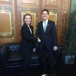 @FedericaMog met with @DMiliband at #EbolaResponse conference. Supporting and empowering communities to fight ebola http://t.co/ezWP8x5XbP