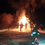 Working fire on Dwyer Hill Rd is under control, FFs are working on overhaul. @OttFire http://t.co/Vwovsma2e4