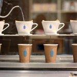 ブルーボトルコーヒー3号店が東京・代官山にオープン - http://t.co/D39sC4c6GA http://t.co/Lms4gLfemd