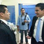 En minutos @merlincnn conversará con @rdaubuisson virtual alcalde de Santa Tecla. http://t.co/9U2mIdChMr