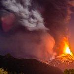 FOTOS. #Chile: alerta roja por erupción de volcán #Villarrica.► http://t.co/7MaBncc4ko http://t.co/NlxXzpqDbz