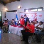 "Medardo González resalta triunfo en San Miguel de @Miguelpereirasv y @nayibbukele de San Salvador http://t.co/rrGF27Aqiu"""