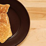 Hey @IHOP, bring on the free pancakes #NATLPancakeDay (NYSE: $DIN) http://t.co/HWYfT87Sgs