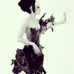 """@fashionsnap: 【動画】ニック・ナイト撮影した水しぶきドレス「Splash!」 http://t.co/EY59kgPBmp http://t.co/xPOIf0P6E3"""