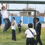 Directores deben evitar que escolares se expongan al sol entre 10 am. y 4 pm. http://t.co/3Xe1bcZAdf http://t.co/q2ysdz7zaU