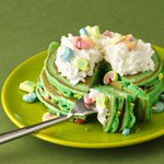 Top o the morning to you on #NationalPancakeDay! We suggest these Lucky Charms Pancakes. http://t.co/QiMDkXB9J0 http://t.co/3XsU50p9iF