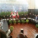 Ingreso del Pdte Humala a reunión con líderes políticos @canalN_ http://t.co/c9nrehC7hX