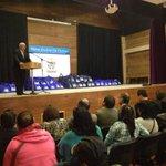 ALCALDE @jaimebertin EN CEREMONIA DE ENTREGA DE ÚTILES ESCOLARES #OSORNO http://t.co/4aWykh4S8i