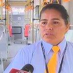 [VIDEO] Conoce a Cinthia: la única mujer que maneja los buses articulados del Metropolitano http://t.co/SH5uXXMK1a http://t.co/CKIeCYntwB