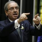 """PQP! """"@cartacapital: Eduardo Cunha entrega TV Câmara para bancada evangélica http://t.co/hiRy1LmQDj http://t.co/jj9KoiR57l"""""""
