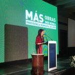 La presidenta municipal @Barbara_Botello comienza con la presentación de Obra Pública 2015. #MásObrasQueNunca http://t.co/YAwWc8aTZV