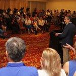 ¿Lo leíste? #Elecciones2015 | Edwin Zamora admite derrota y felicita a Bukele > http://t.co/XXo6W4c2bt http://t.co/Wo0IEoQP9s