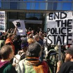 Skid Row police shooting: Protesters march to LAPD headquarters http://t.co/pkWG7HZDI1 (Photo: @StoltzeFrankly) http://t.co/uhXpI8Usf0