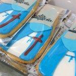La galleta cofrade Fondant sólo la puedes encontrar en #plazamayor10 #pasteleria #salamanca @VCSalamanca http://t.co/pS8rKO9TRD