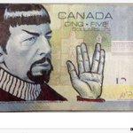"""カナダでは、亡くなった「ミスター・スポック」ことレナード・ニモイさんをお札の落書きで追悼する人たちが続出し、政府も容認(英語記事) RT @BBCNewsUS: """"#Spocking http://t.co/XkaTPj4vuX http://t.co/7En0PUYQaR"""