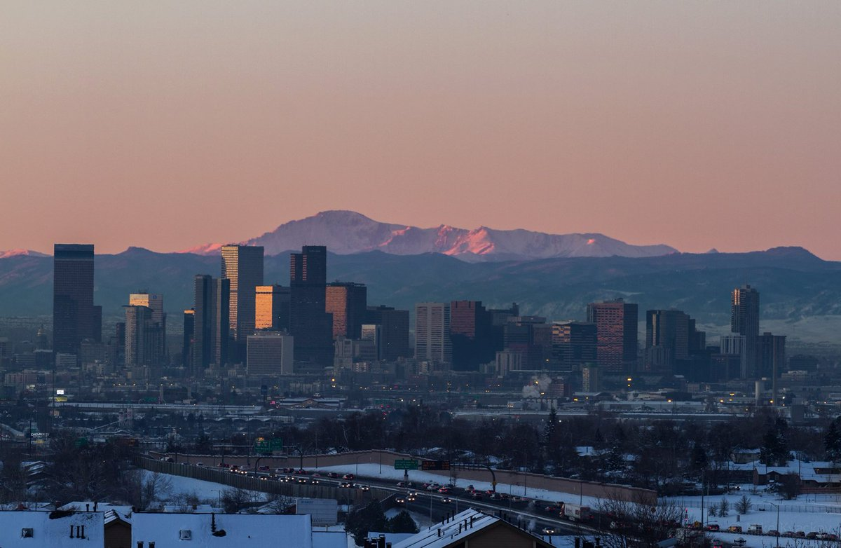 A beautiful sunrise shot of the #Denver skyline by @mkvackay. Happy #303DAY from The Mile High City! http://t.co/rKygcKAHuG
