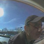Do you recognize this man? Police suspect he stole from ATM machines in #ThousandOaks & #LA. http://t.co/vEKPuP1bwk http://t.co/H6Bq8b4Wt6