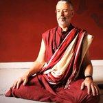 Mestre budista ensina como aprender com as emoções http://t.co/uRyxcvDHfV http://t.co/BBioTAxiox
